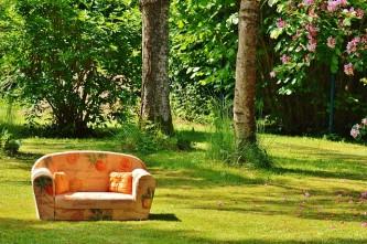 sofa-788635_640