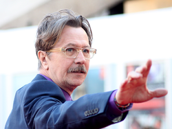 250px-Gary_Oldman_at_the_London_premiere_of_Tinker_Tailor_Soldier_Spy