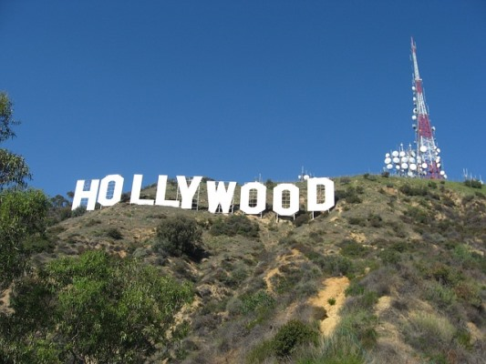 hollywood-sign-754876_640